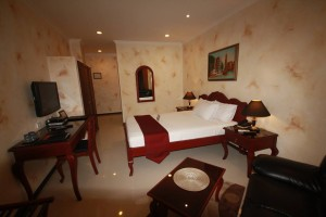 Angeles-City-Fields-Avenue-Royal-Amsterdam-Hotel-room