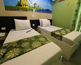 Angeles City Perimeter Fields Avenue Don Juico Avenue Eurotel Hotel standard room